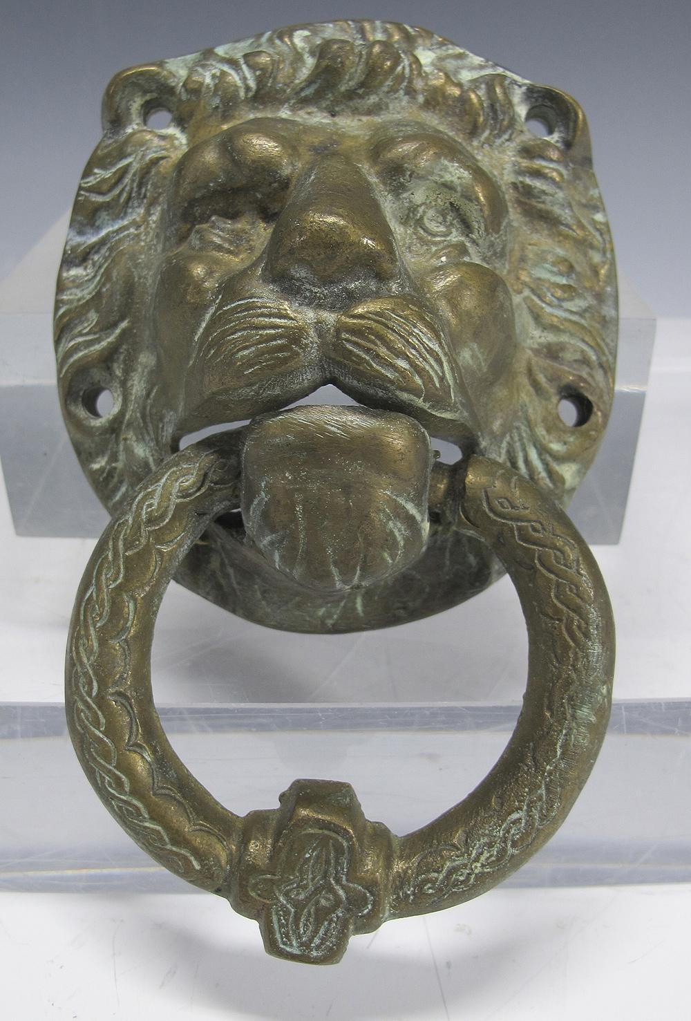 Antique 19th c solid heavy cast brass bronze figural lions head door knocker yqz ebay - Antique brass lion head door knocker ...